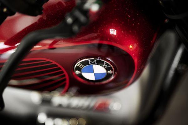 BMW-Motorrad-R-18-5 BMW Motorrad R 18 si R 18 /2, un motor, doua caractere