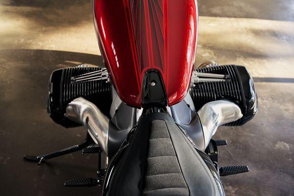 BMW-Motorrad-R-18-9 BMW Motorrad R 18 si R 18 /2, un motor, doua caractere