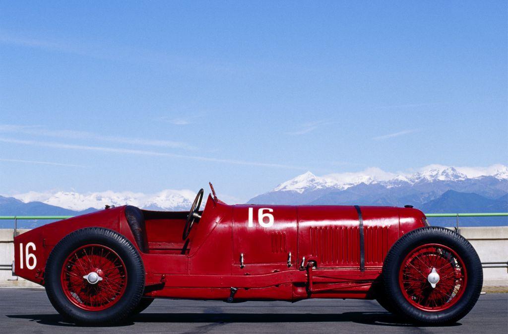 Maserati_Tipo_26-1 Maserati a implinit 105 ani si intra intr-o noua era