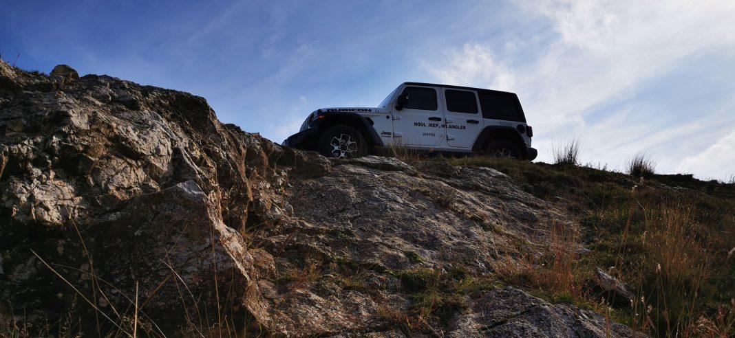 Wrangler-Rubicon-13-1068x492 Wrangler Rubicon, aventura in off road
