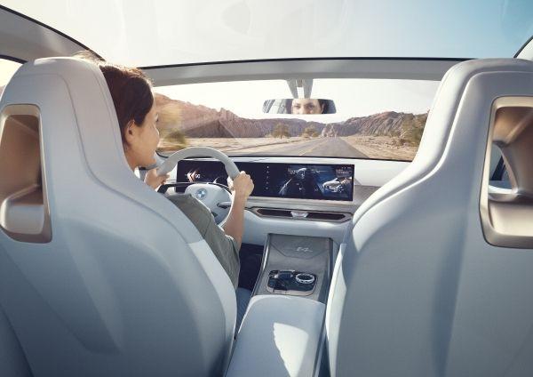 BMW-Concept-i4-2 BMW Concept i4 ne vorbeste despre The Power of Choice