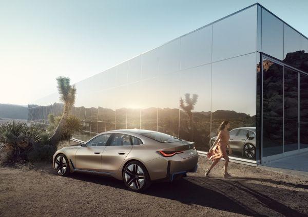 P90384983_lowRes_bmw-concept-i4-02-20 BMW Concept i4 ne vorbeste despre The Power of Choice