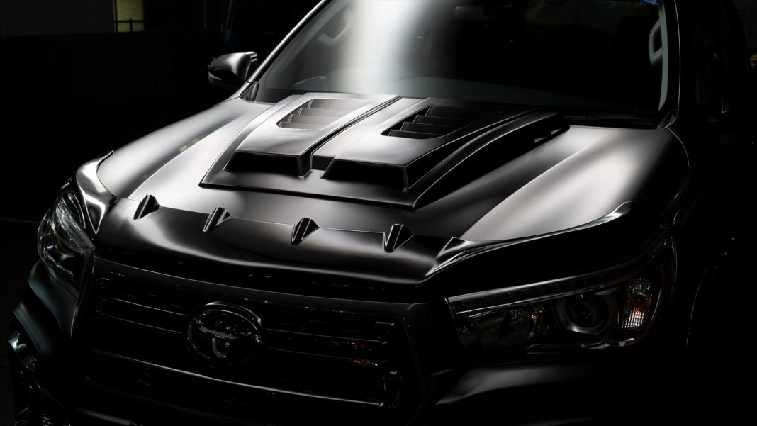 "Toyota-Hilux-Black-Bison_8-1068x601 Toyota Hilux primeste ""tratamentul"" Black Bison"