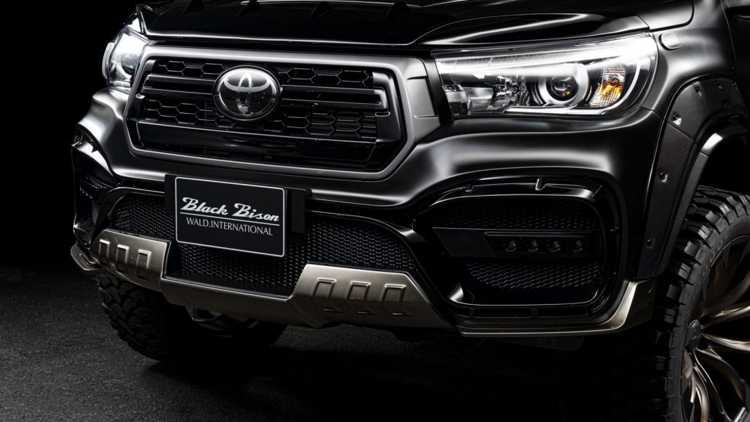 "Toyota-Hilux-Black-Bison_9-1068x601 Toyota Hilux primeste ""tratamentul"" Black Bison"