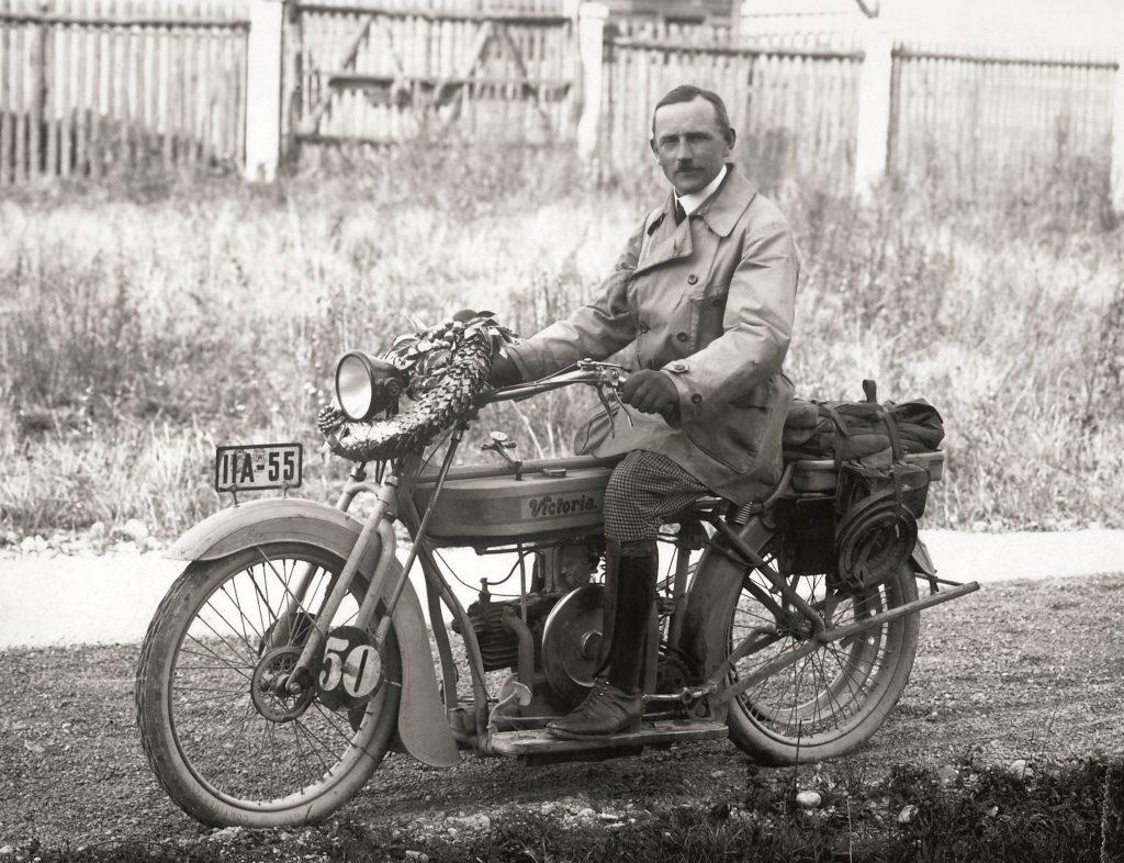 istorie-3-1024x786 Istorie: 100 de ani de motoare boxer BMW