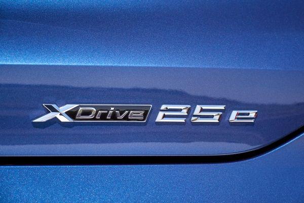BMW-X2-xDrive25e-6 BMW X2 xDrive25e, PHEV, si update pentru BMW X2