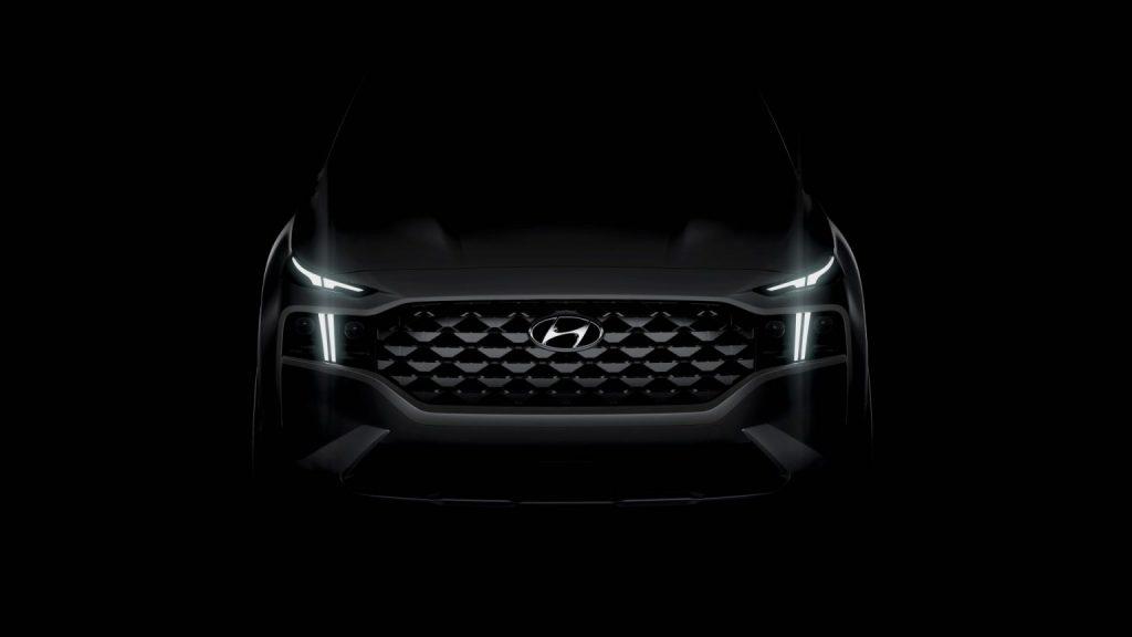 Hyundai-Santa-Fe-1024x576 Defender a ajuns in Romania - SUV & Pickup News