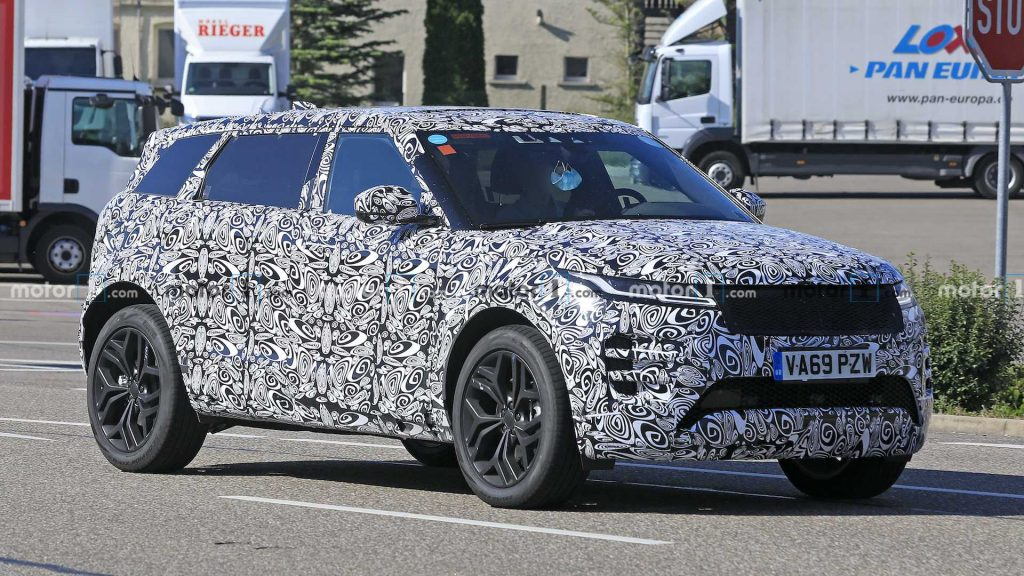 Range-Rover-Evoque-7-locuri-1024x576 Defender a ajuns in Romania - SUV & Pickup News