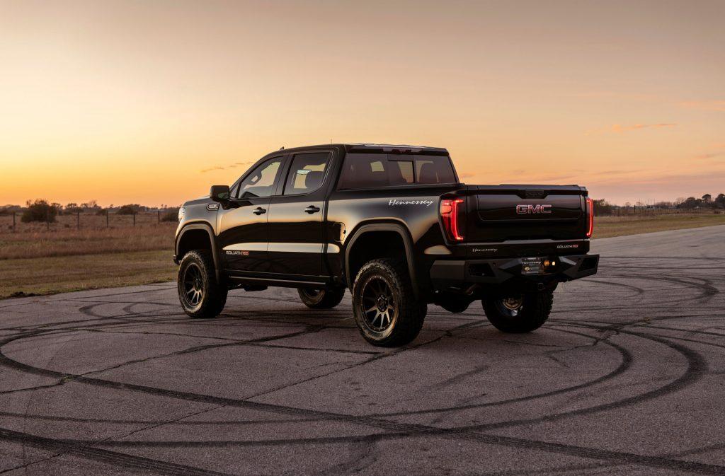 SUV-Pickup-Hennessey-GMC-Sierra-Chevrolet-Silverado-2-1024x673 SUV & Pickup News: Accent pe modele pickup