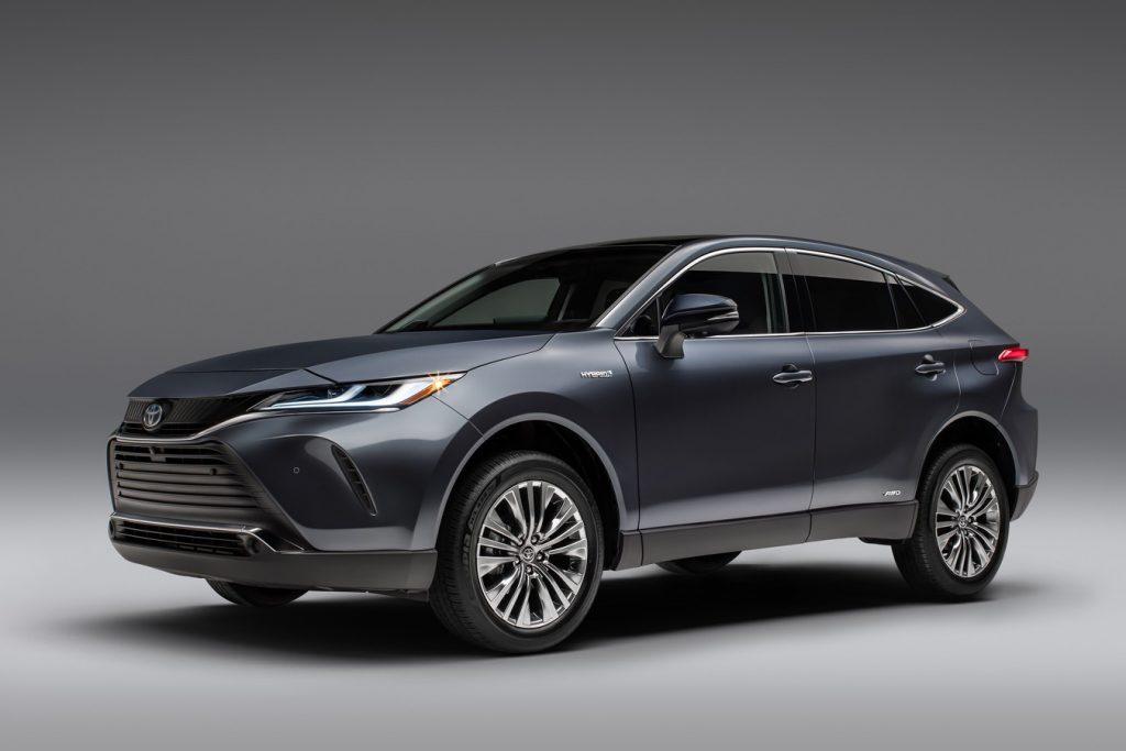 SUV-Pickup-Toyota-Venza-1024x683 SUV & Pickup news: Se incing motoarele