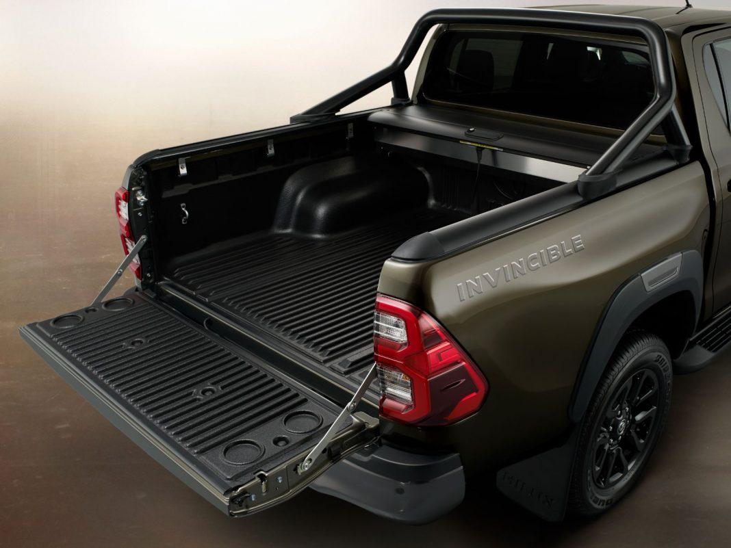Toyota-Hilux-2021_7-1068x801 Toyota Hilux 2021, radiografia schimbarilor
