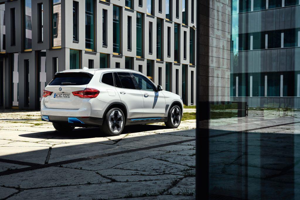 BMW-iX3-3-1024x683 BMW iX3, primele informatii oficiale