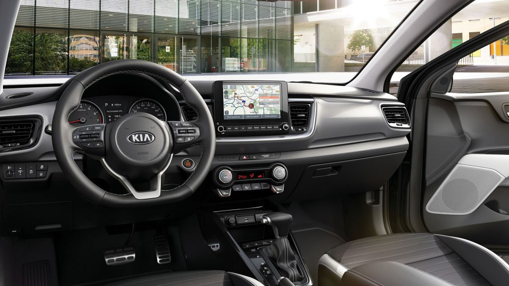 Kia-Stonic-interior-1024x576 Kia Stonic propune imbunatatiri semnificative