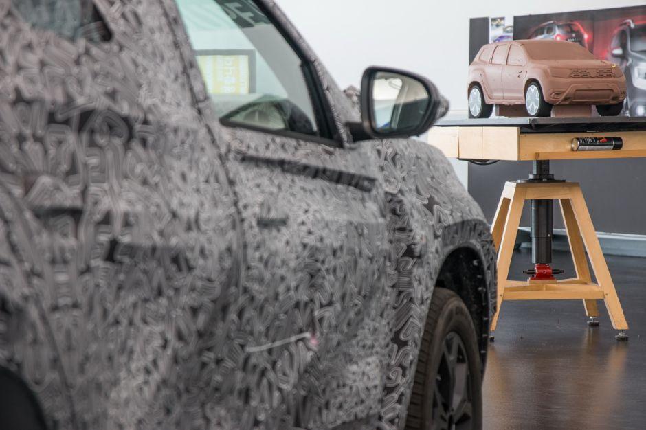 Duster-facelift_Dacia-2023 Duster facelift în 2021, noua generație în 2023