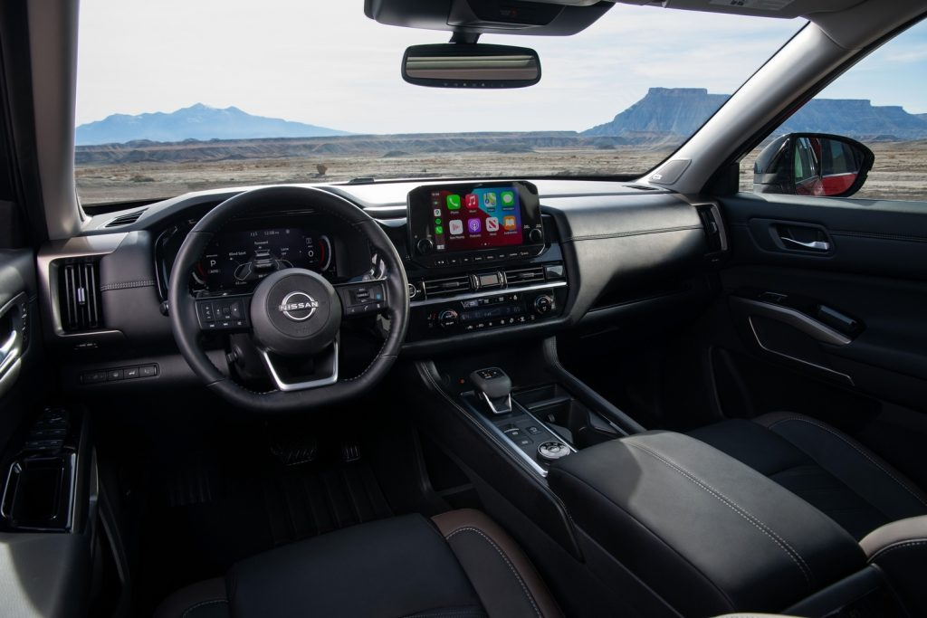 Nissan-Pathfinder_2-1024x683 Nissan Pathfinder a ajuns la a cincea generație