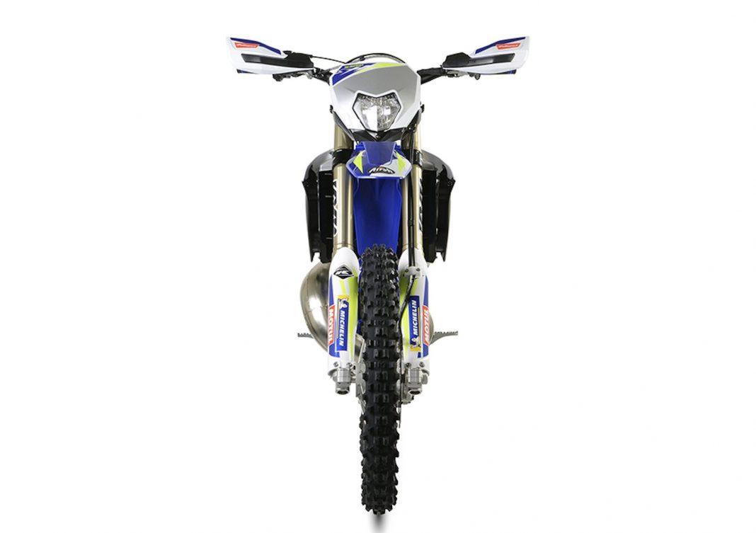 SHERCO-ENDURO-300-SE-FACTORY-2021-1068x753 Sherco in Bucuresti prin Motoexpert