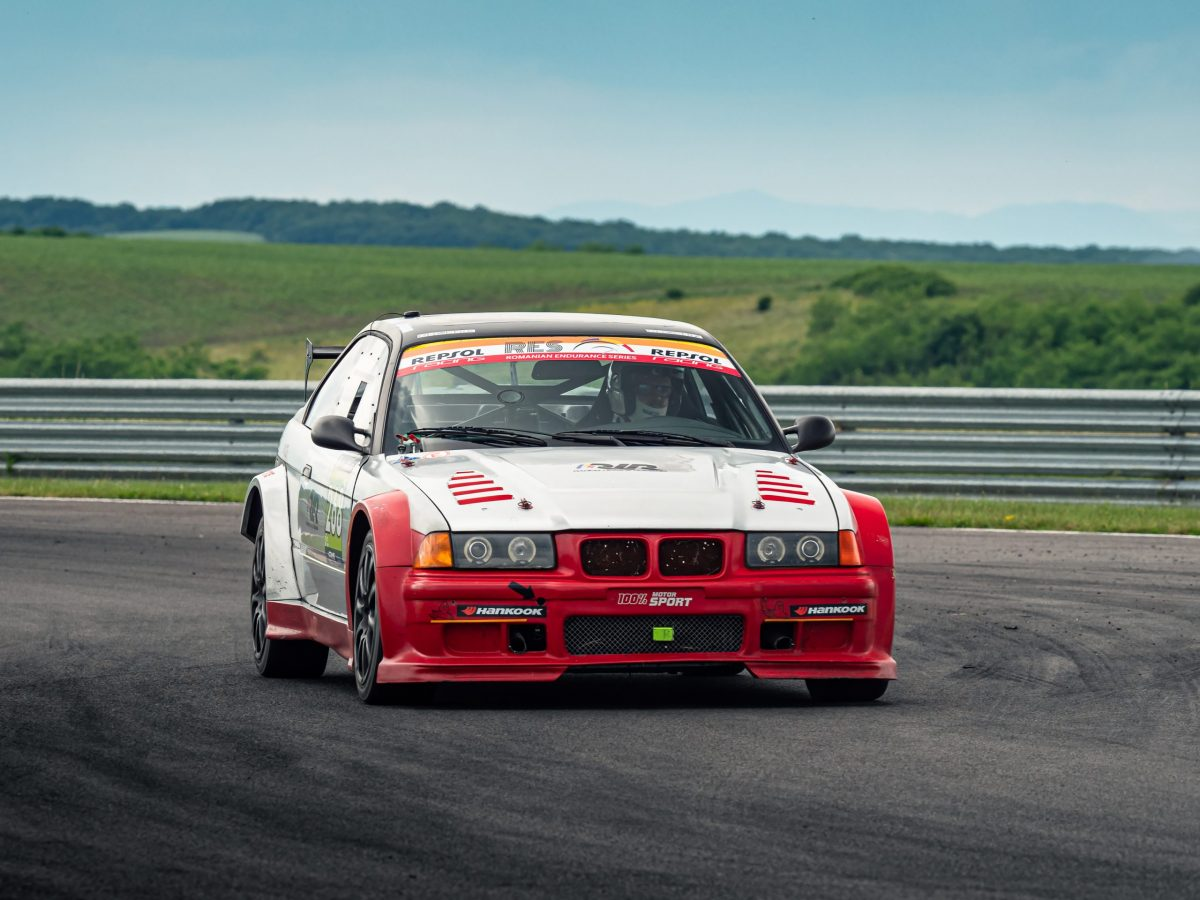 romanian-endurance-series-scaled-e1624654777424 BMW se impune la categoria turismelor din Romanian Endurance Series pe Transilvania Motor Ring